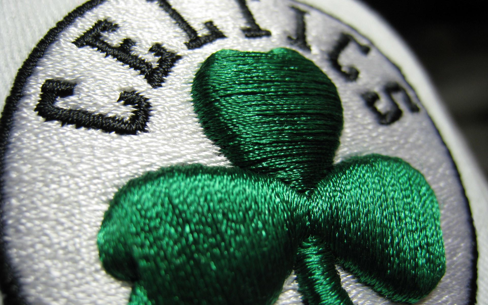 Boston Celtics Iph..