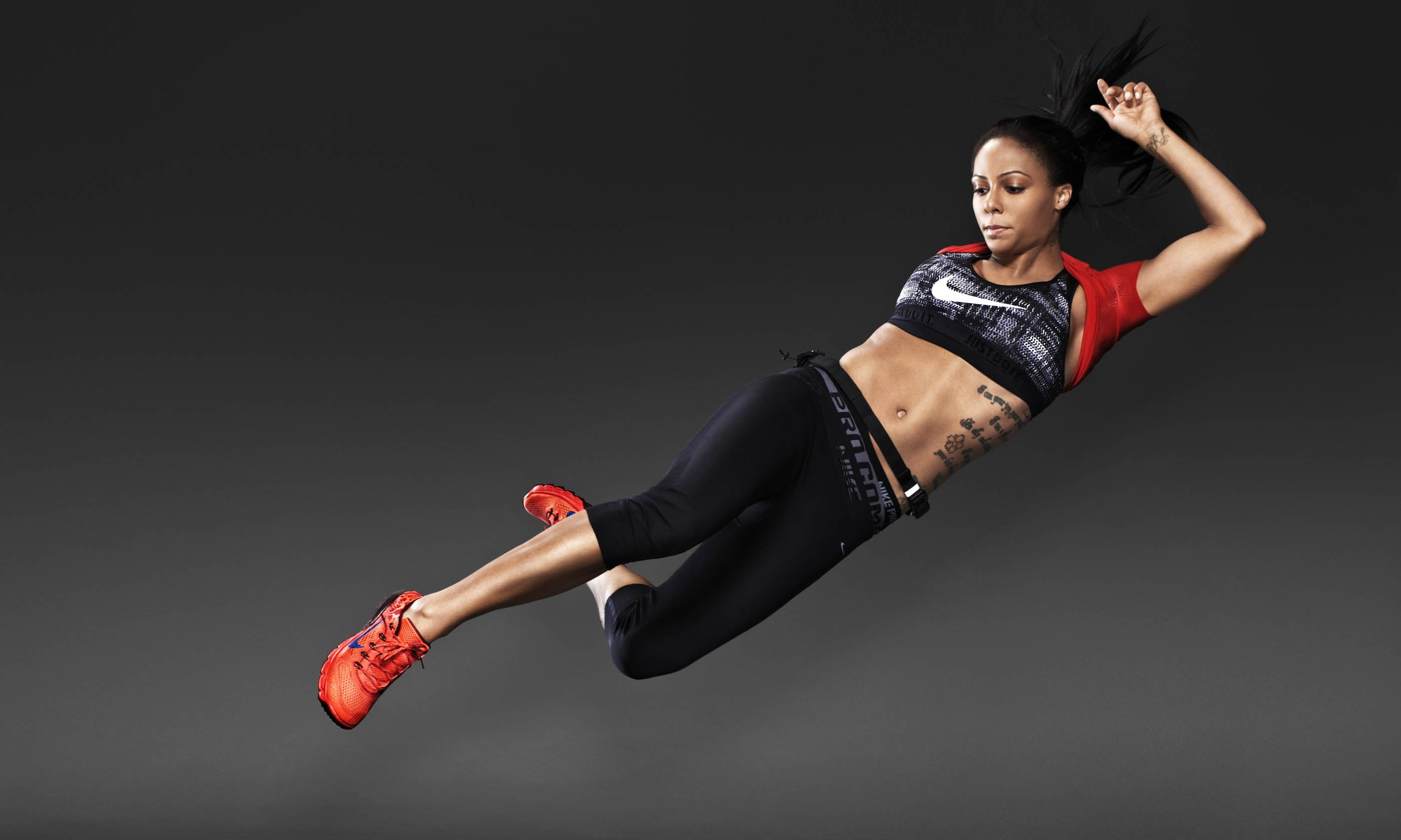 Nike News – Grace, Beauty and Athleticism: Nike Women's Fall/Holiday 2013  Look Book