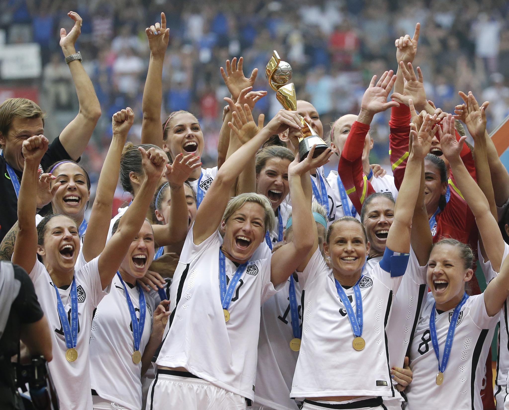 U.S. women's soccer team will play more often on grass fields – Chicago  Tribune