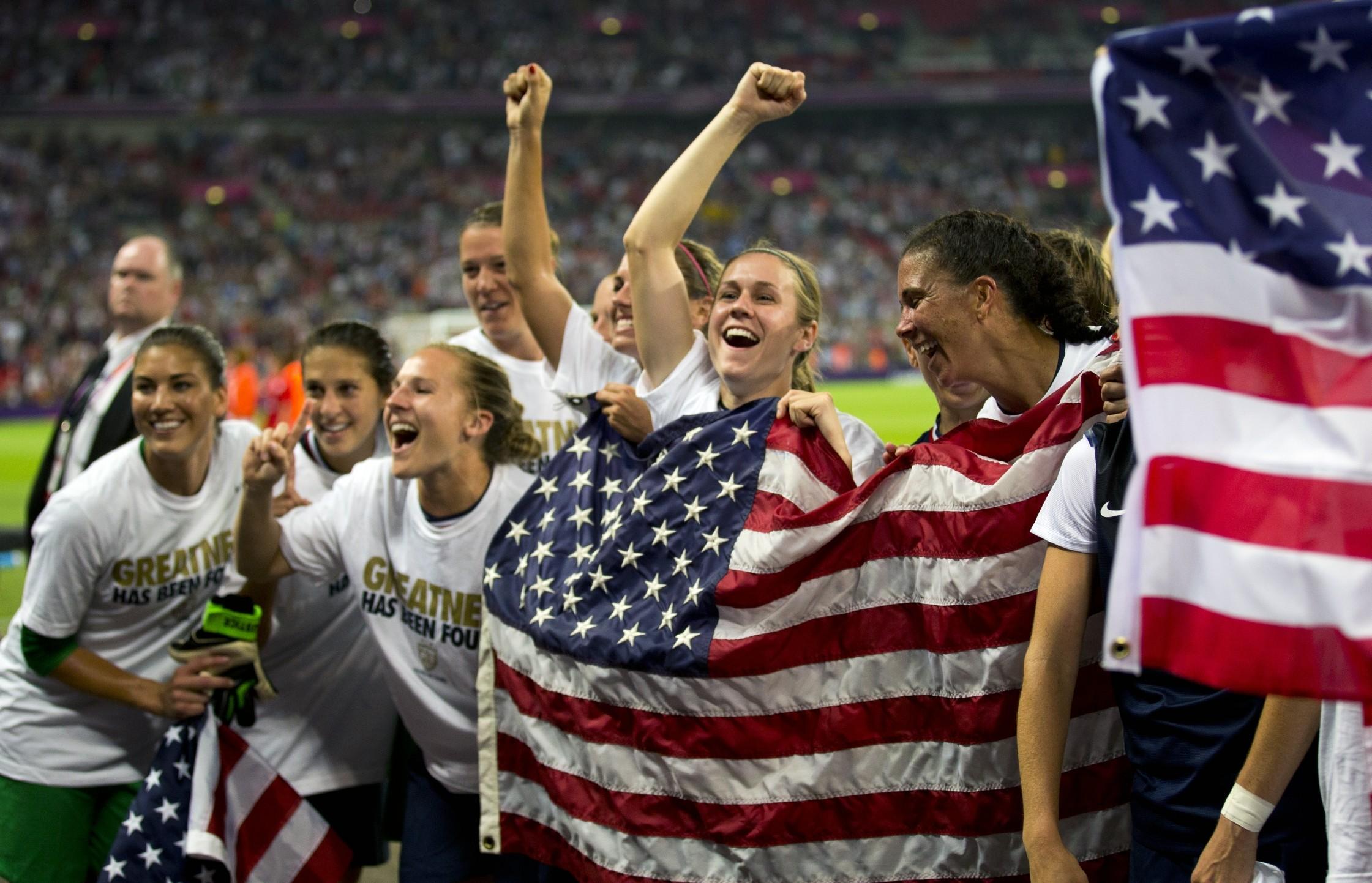 edges Japan to take third straight women's soccer gold .