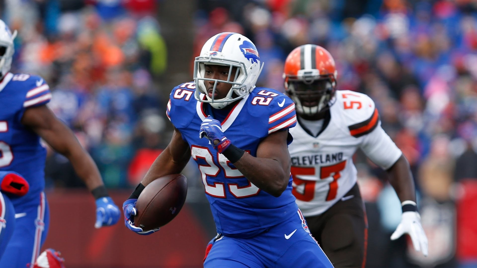 LeSean McCoy Runs Wild | LeSean Mccoy is third in the AFC in rushing yards,  but is averaging nearly