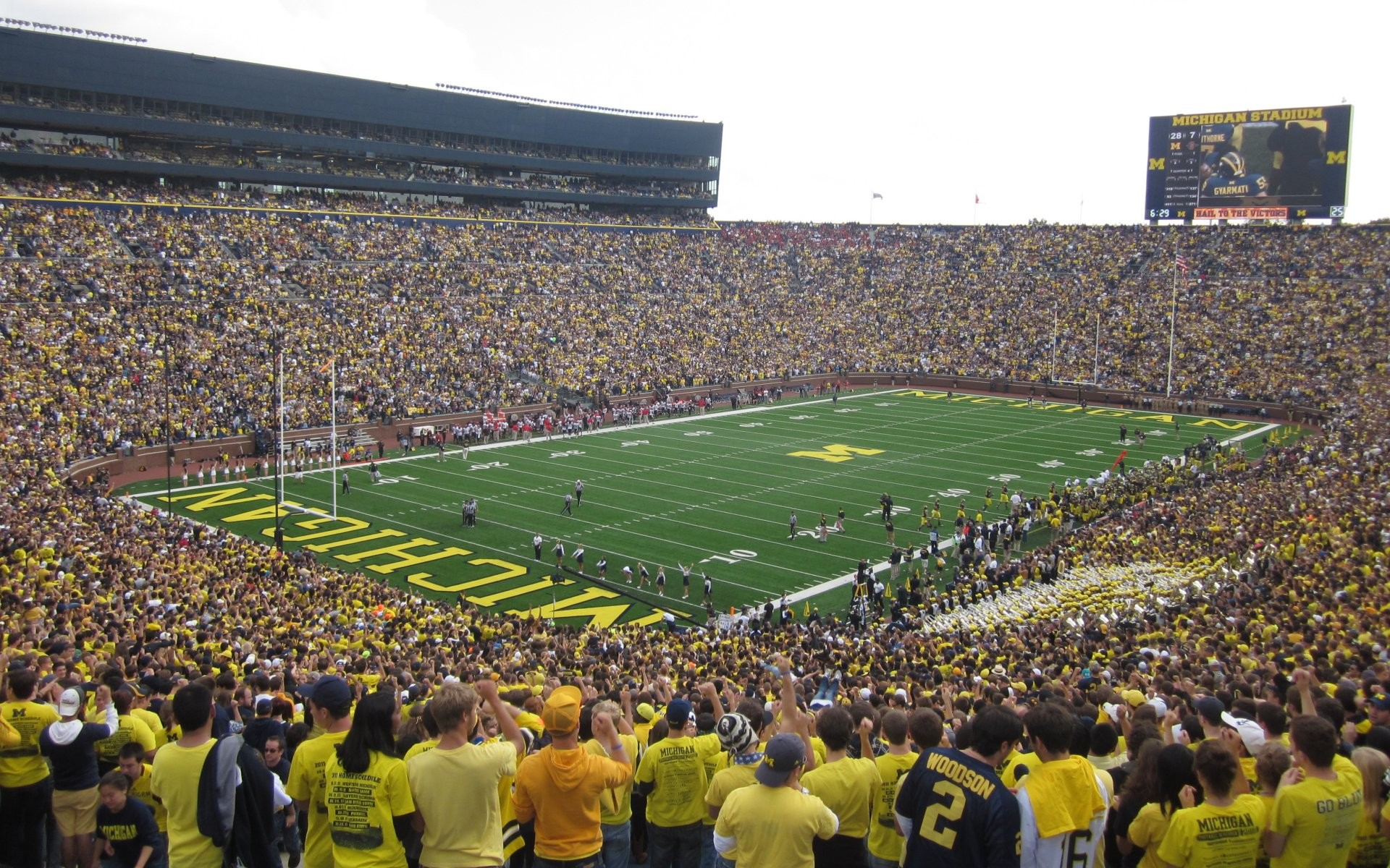 … backgrounds for michigan football field desktop background www; michigan  state …