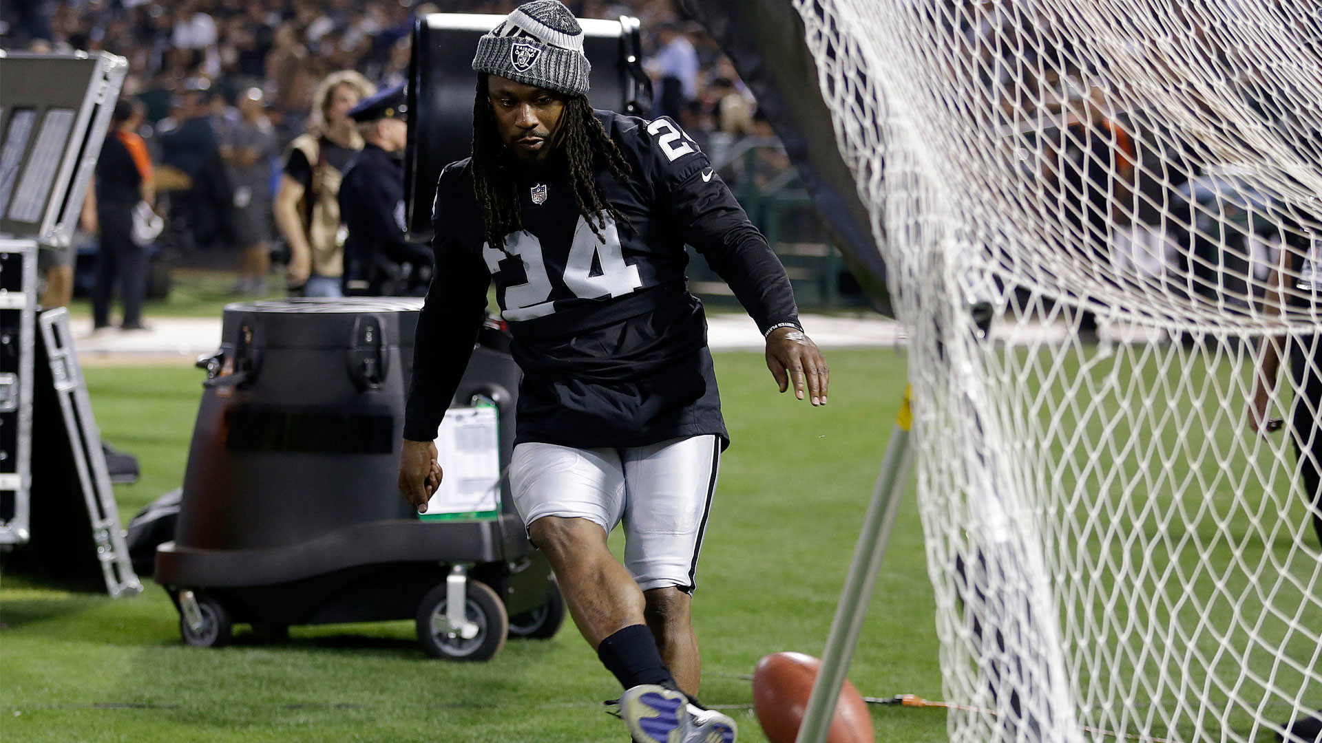 Lynch 'seems fresh, energized' ready to start first Raiders campaign | NBCS  Bay Area