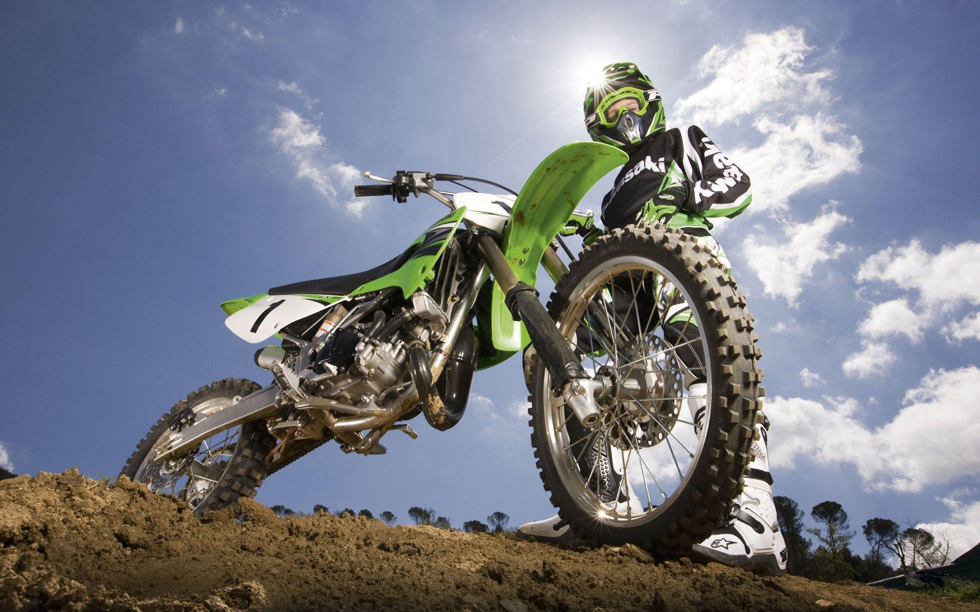 Free HD Dirt Bike Wallpapers Download.