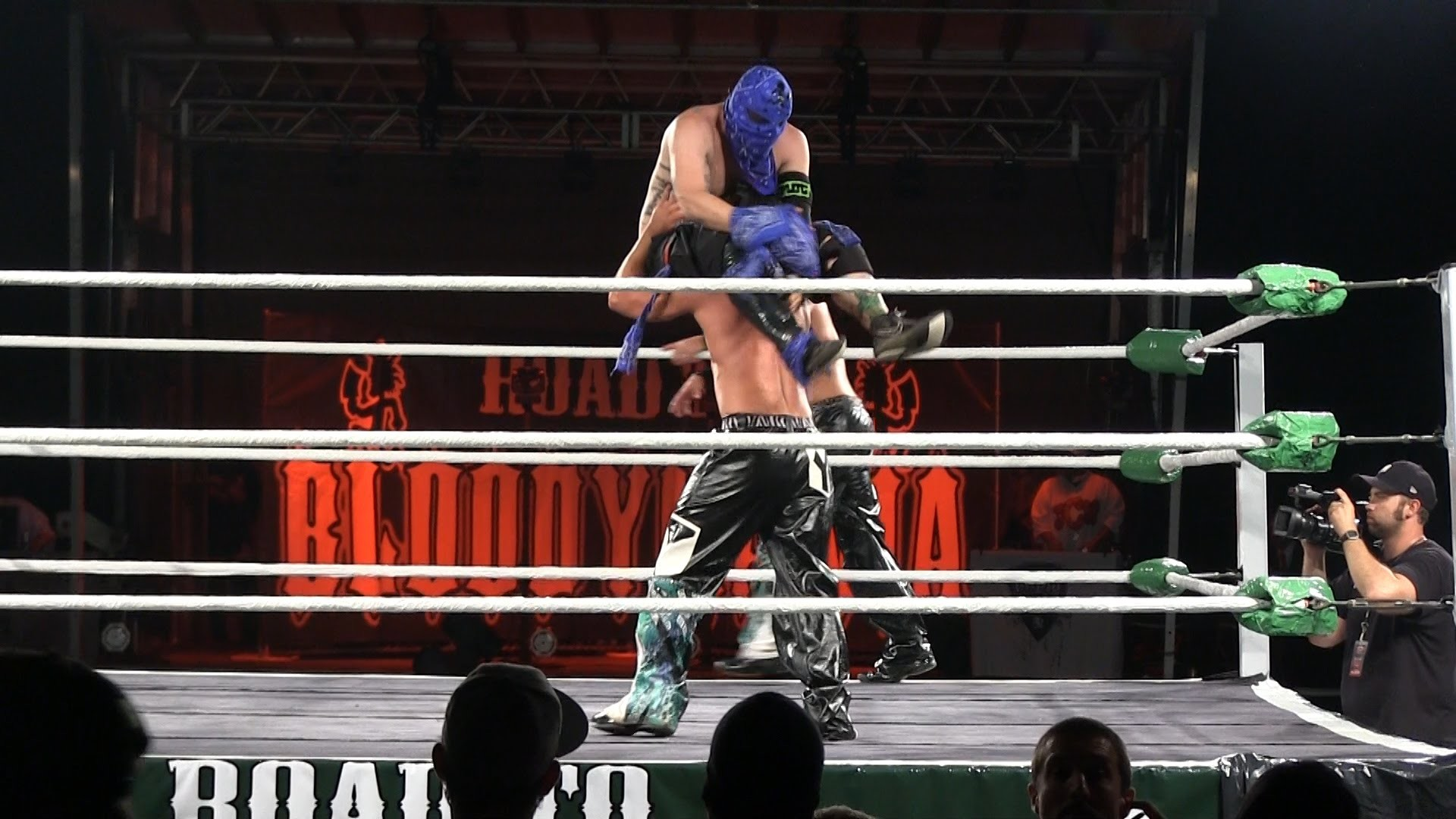The Young Bucks Vs. The Ring Rydas – HD – Gathering of the Juggalos