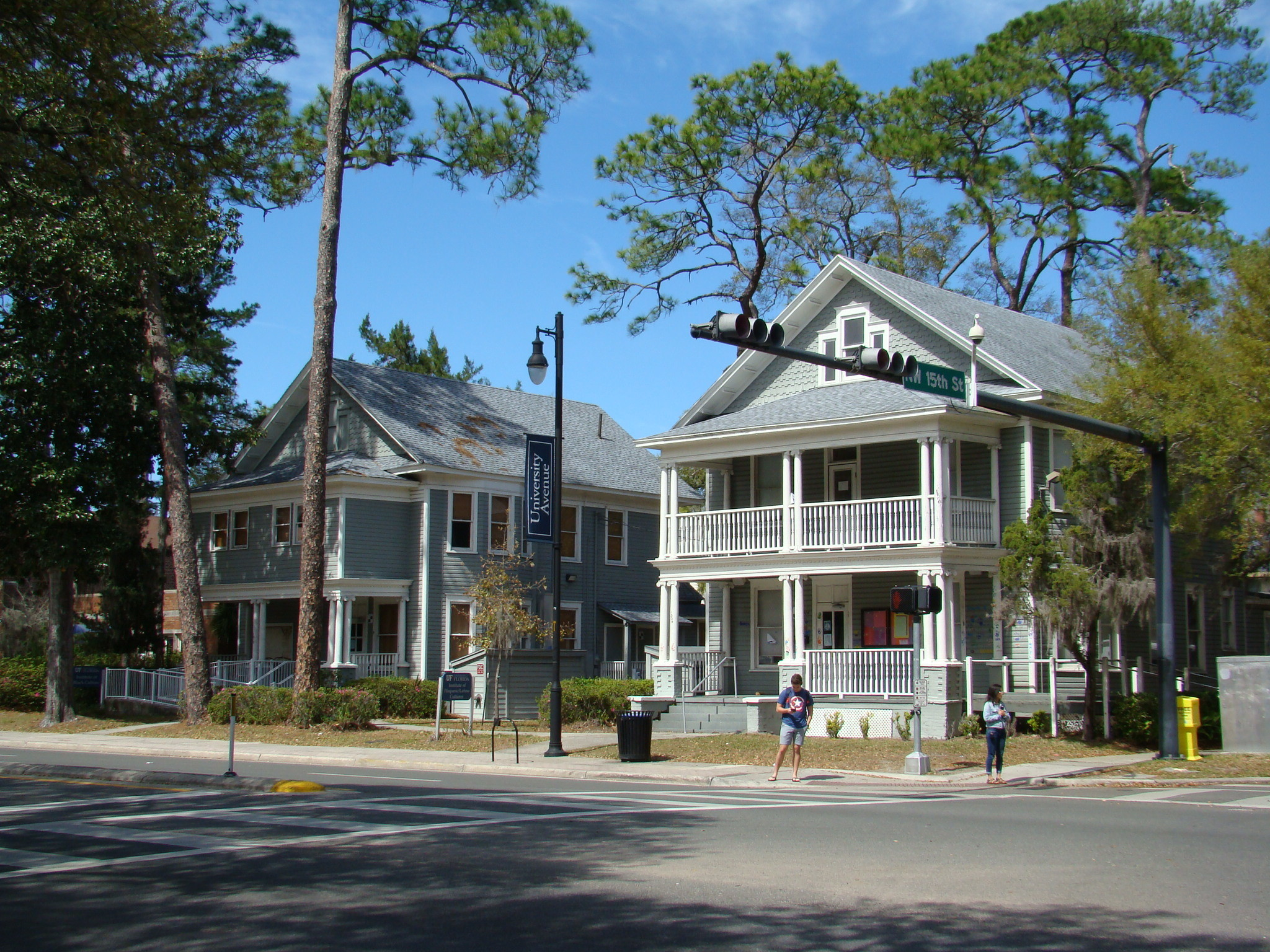 2017_11toSave_LaCasitaCulturalCenters. Historic Neighborhoods and Resources  surrounding the University of Florida