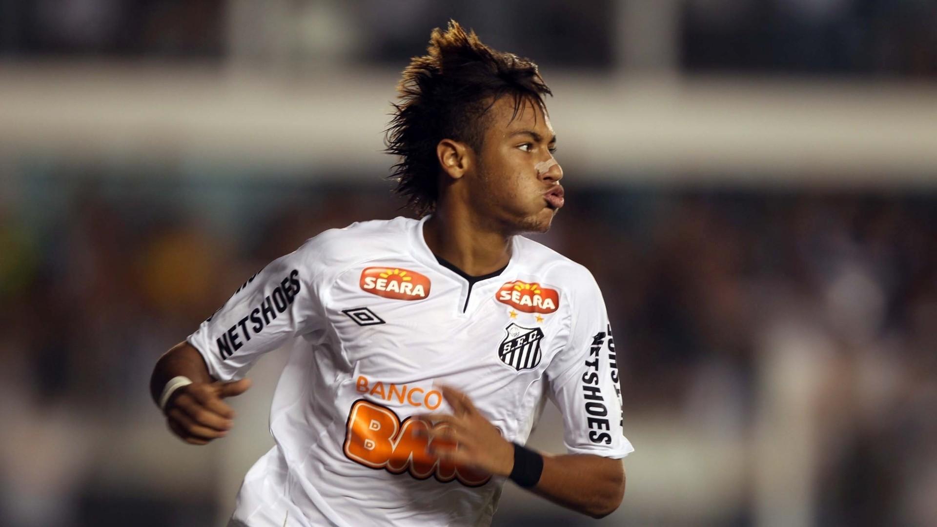 Neymar in Santos FC, 2009-2013