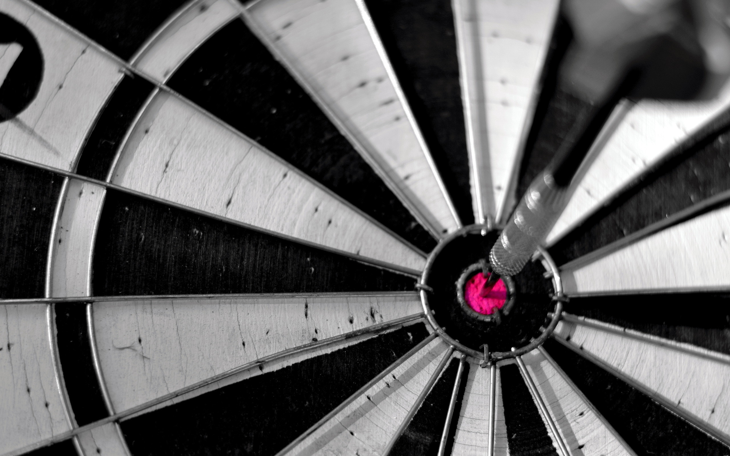 1173 Awesome Darts Wallpaper