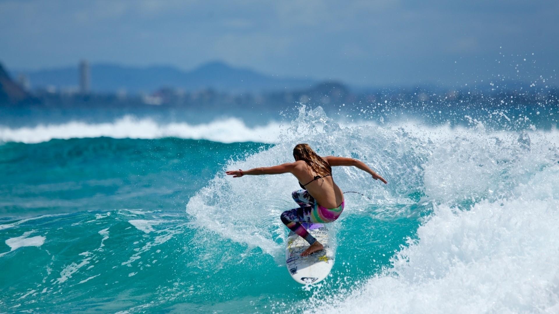 Surfer Girl Desktop Wallpaper 58688