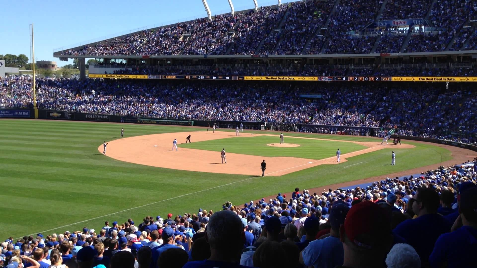 Final Kansas City (KC) Royals home game, vs Detroit Tigers. Gorgon strikes  out with bases loaded.