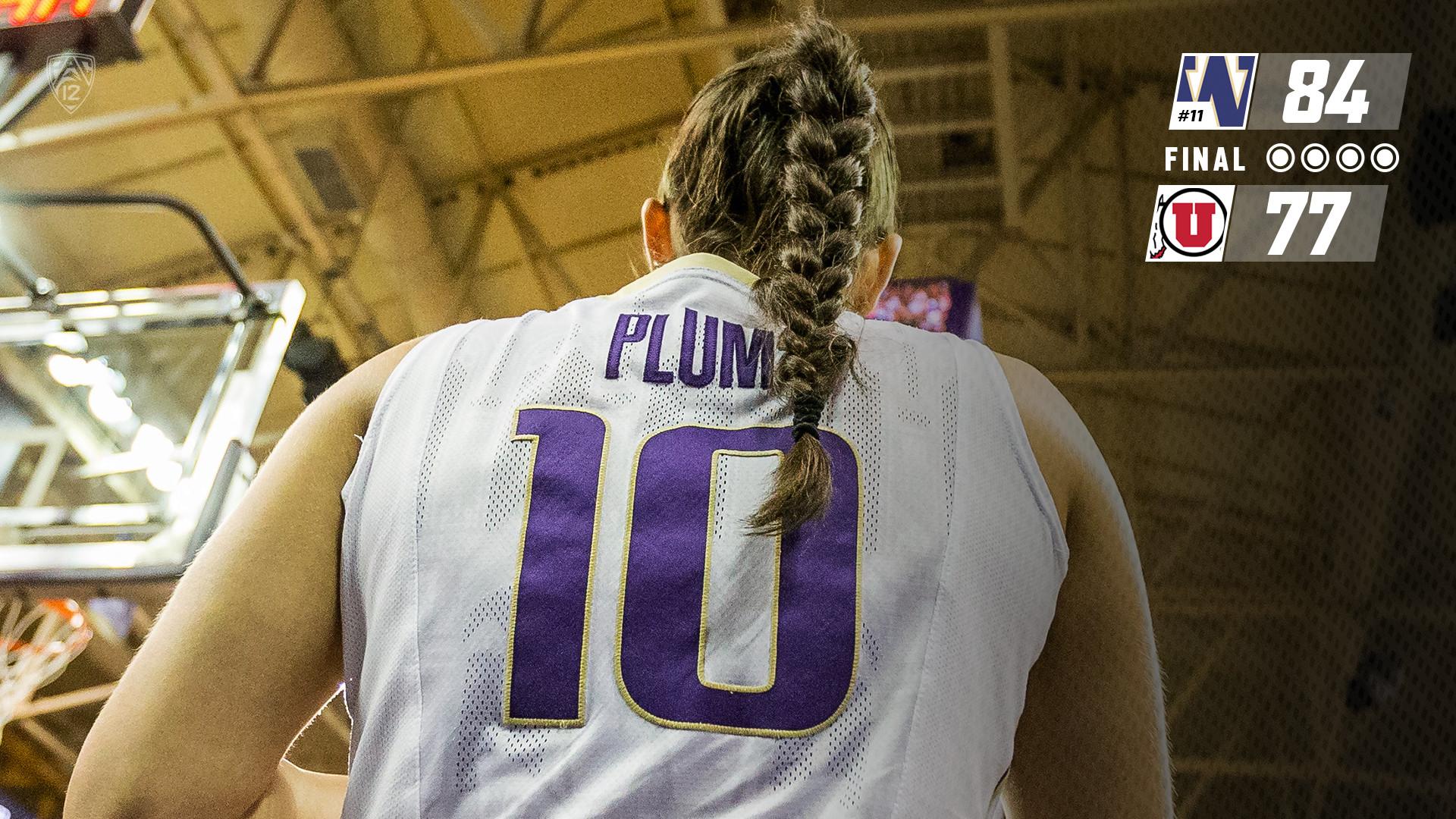 Kelsey Plum Breaks NCAA All-Time Scoring Record In Win Against Utah