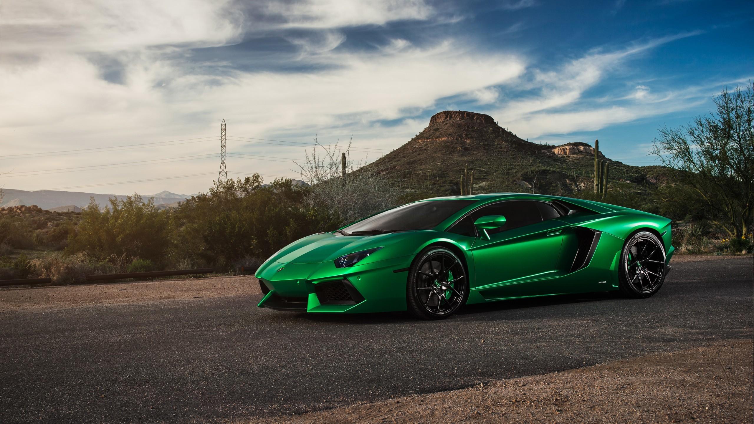 Automotive / Cars / Lamborghini Aventador Wallpaper. Lamborghini Aventador,  4K, Carbon Fiber