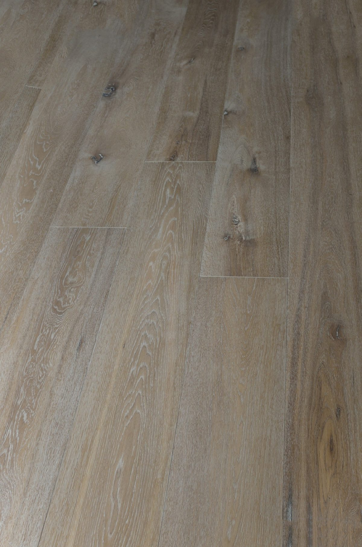 "FREE Samples: Vanier Engineered Hardwood – European Long Length Collection  Oak / Gray Wash / 7 1/2"""