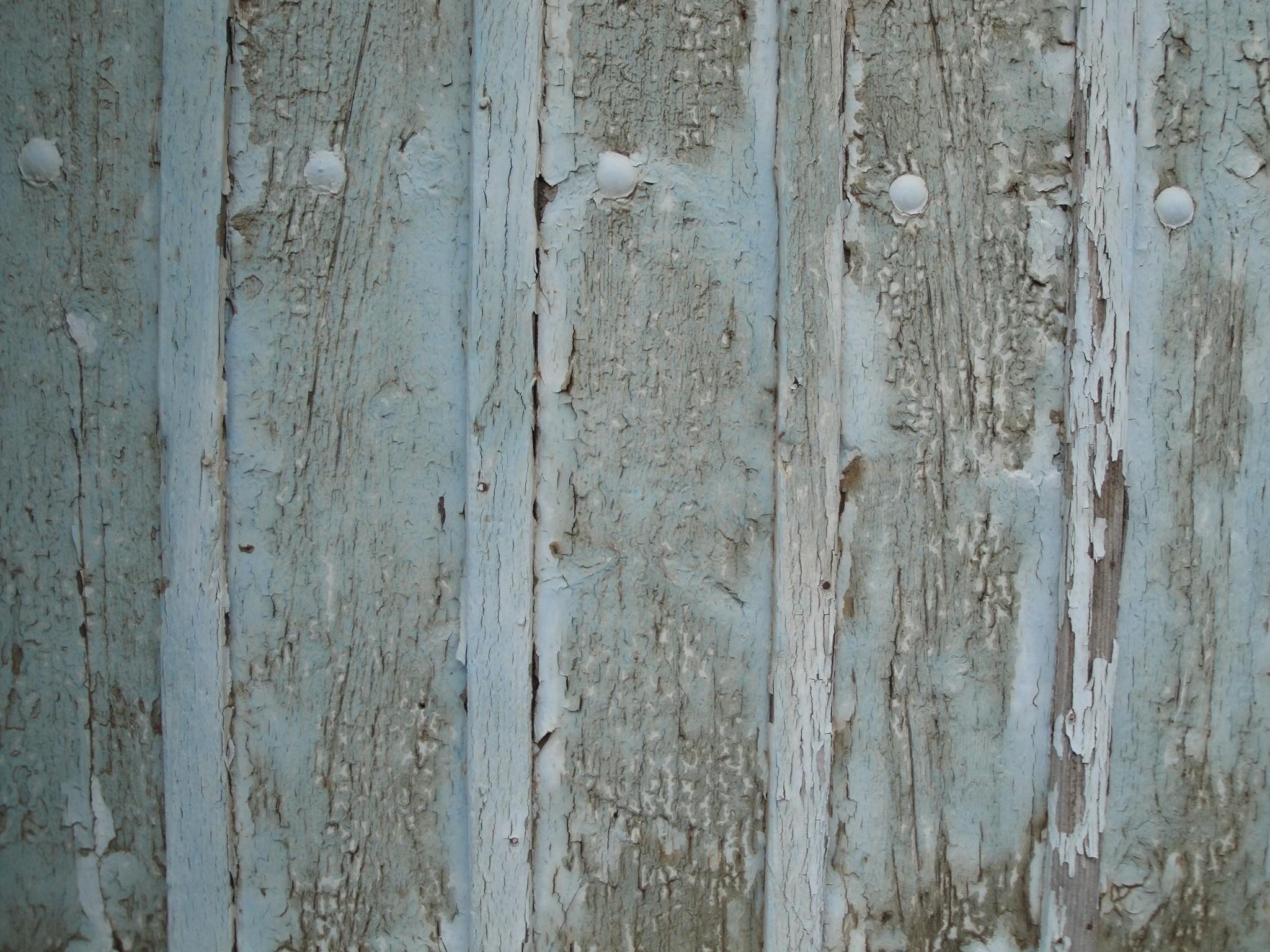 grey wooden panel.