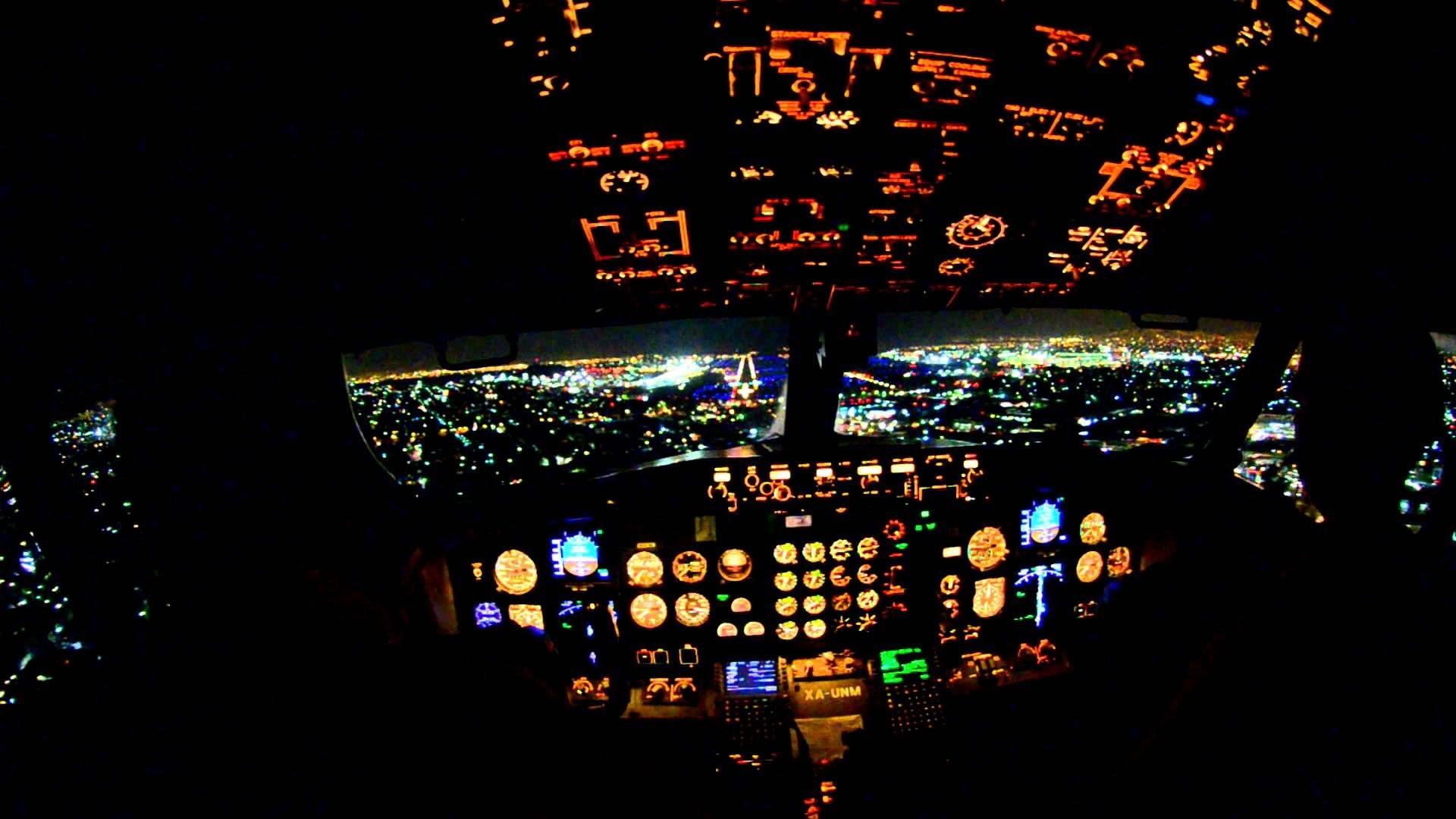 Boeing 757 take off Sunrise Cockpit. Hamburg. Взлёт самолёта. Germanwings –  YouTube