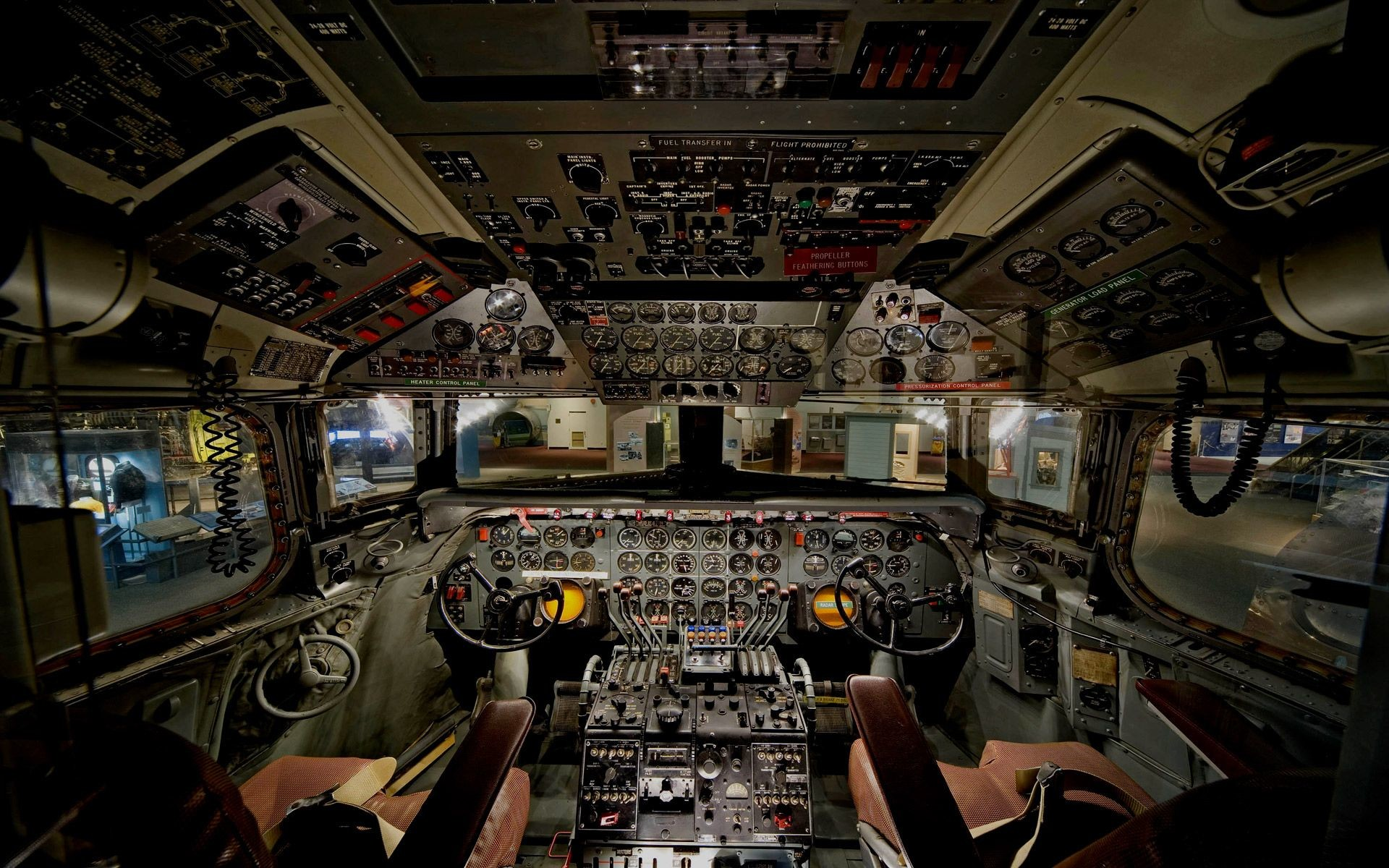Gallery for – images of airplane cockpit