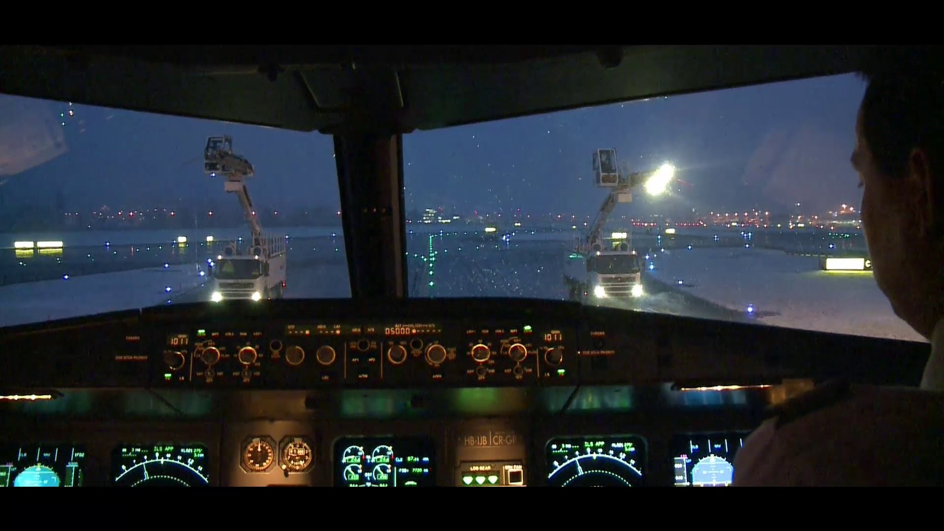 SWISS Airbus A320 Zurich – Madrid and back (Cockpit, Jumpseat) – YouTube
