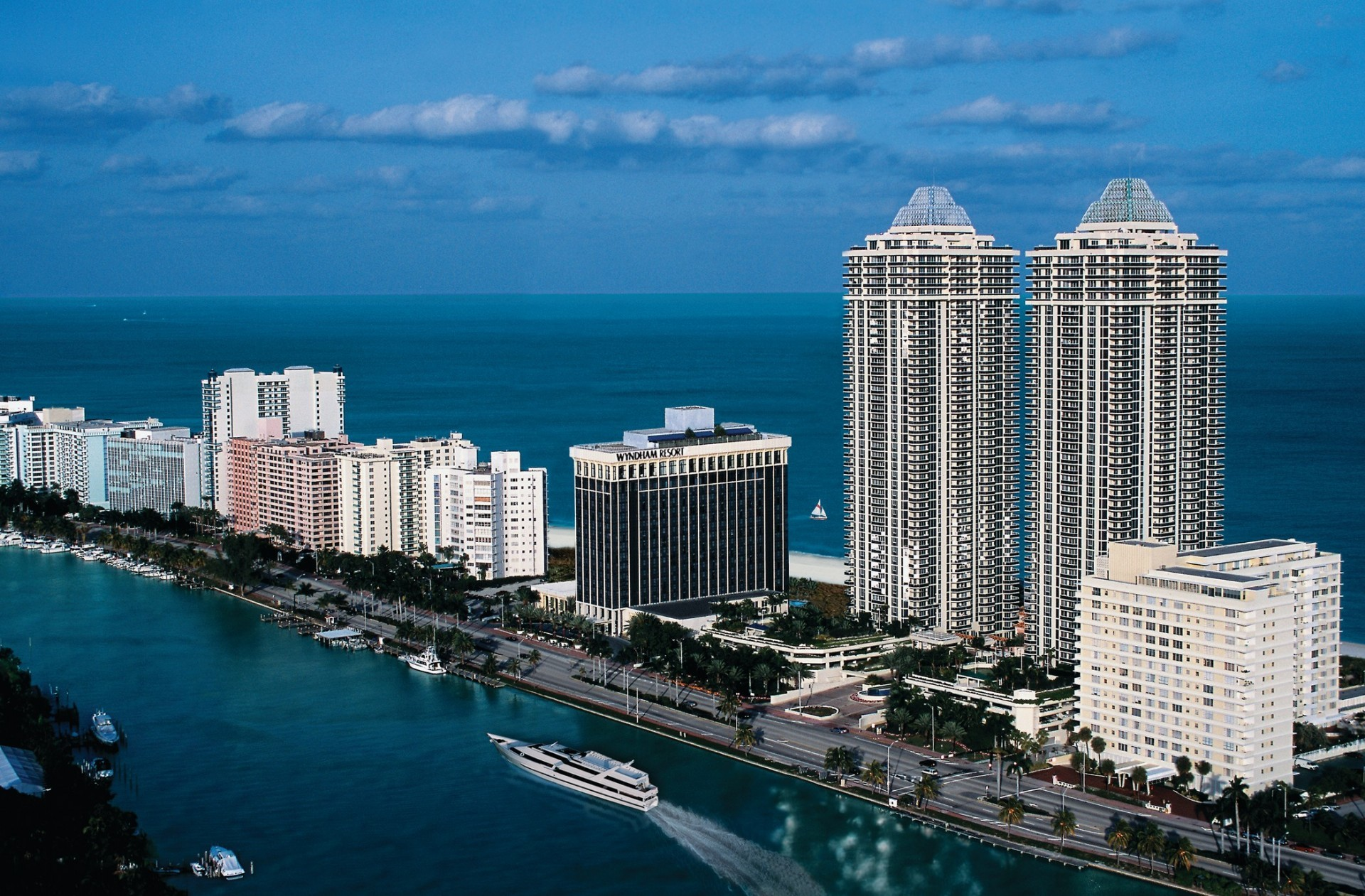 Miami Beach HD Wallpapers   WallpapersCharlie