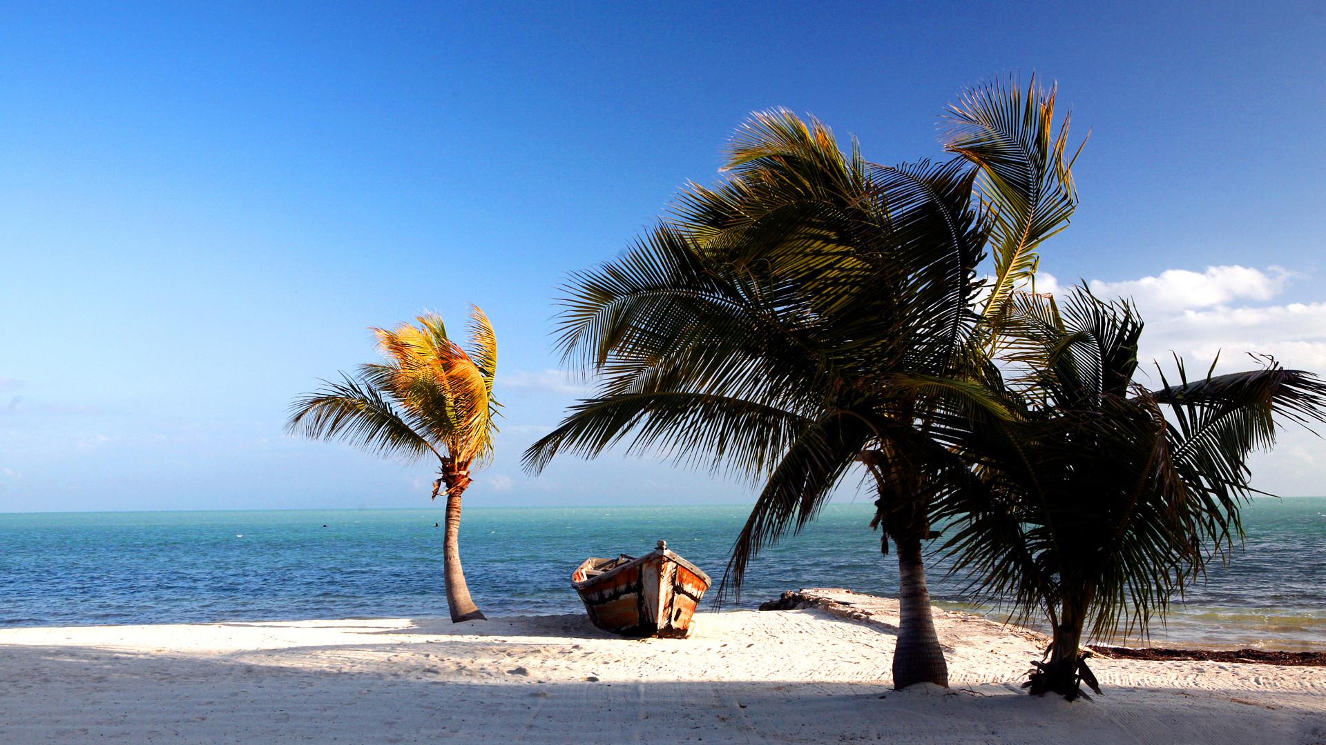 Florida Keys Beach – – 16:9