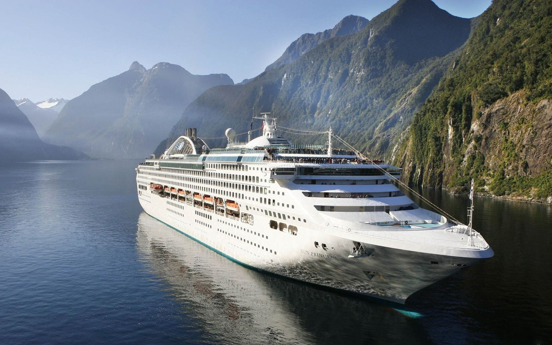Ultra HD Cruise Ship Sun Princess