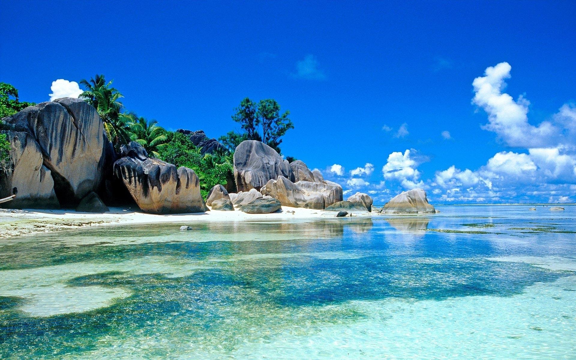 beautiful-beach-widescreen-high-resolution-wallpaper-for-desktop .