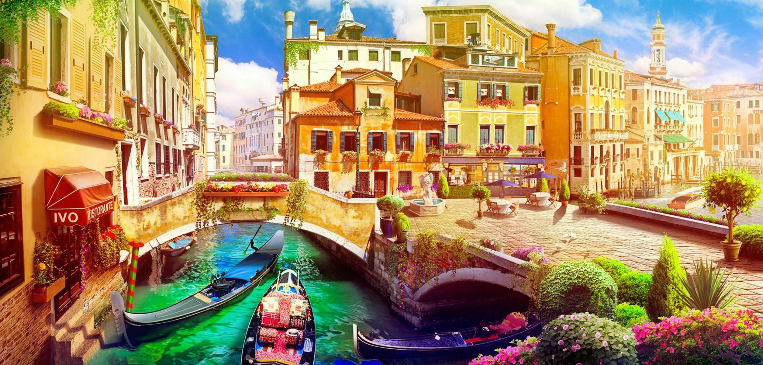 Sunny Venice Travel Wallpaper