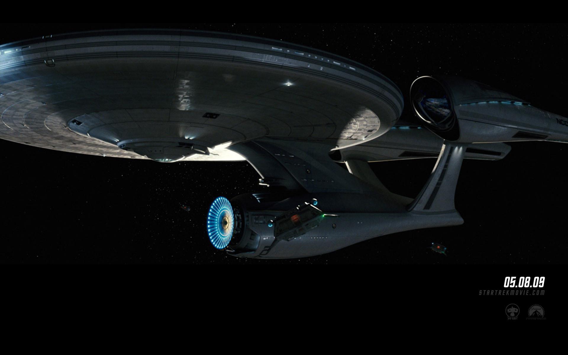 """Star Trek"" desktop wallpaper number 10 – the 2009 movie version of the USS"