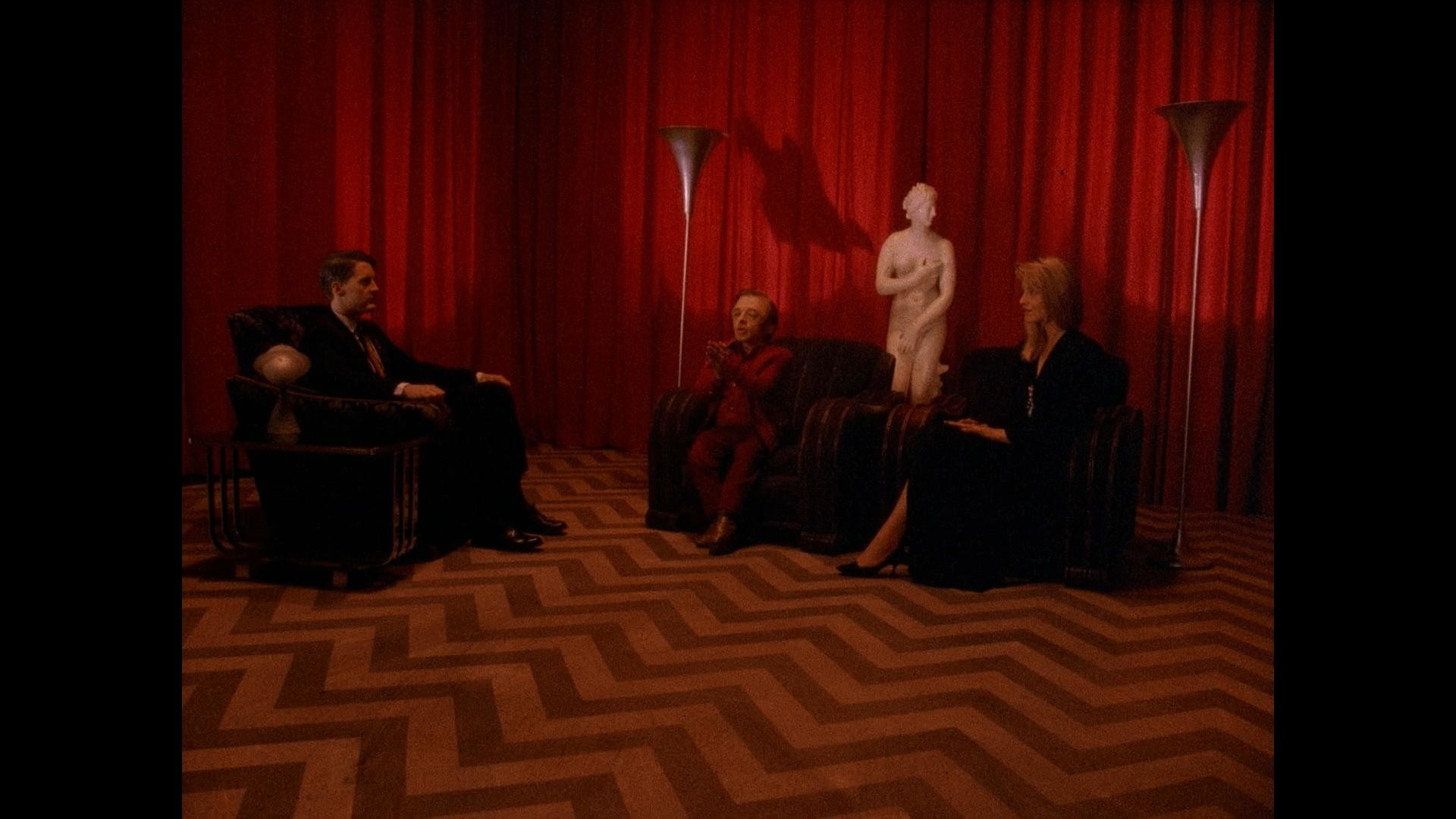 First time we see The Waiting Room – Season 1 Episode 3 …