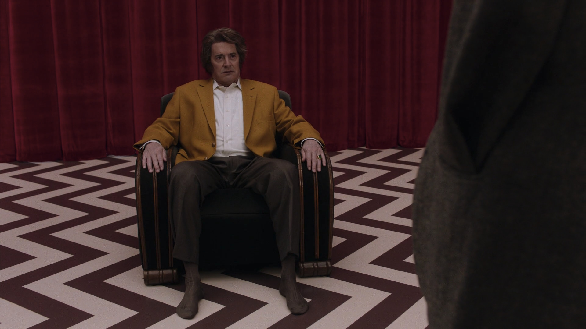 twin peaks part 3 and 4 analysis screen shot 2017 05 26 at 11 37 36