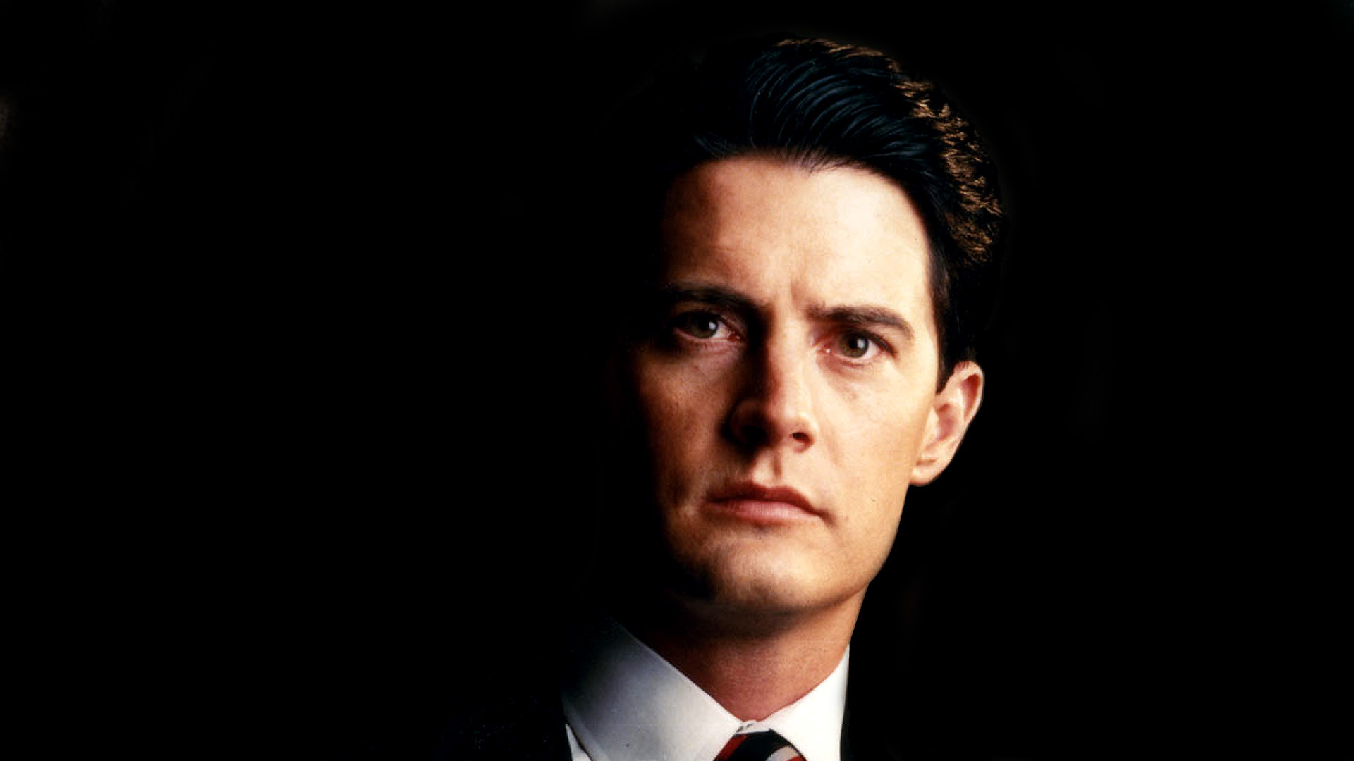 » Dale Cooper appears in a new Twin Peaks promo