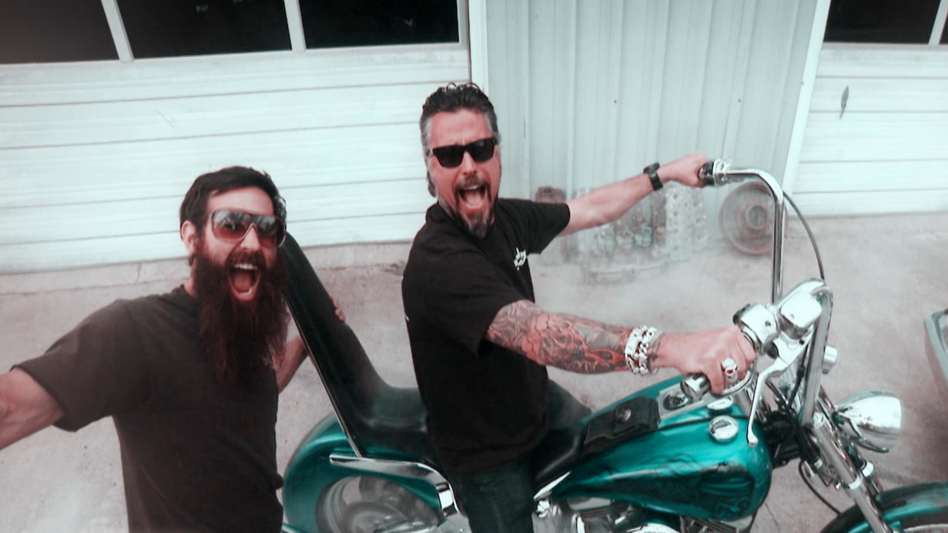 No Monkey Business With Aaron Kaufman Anymore, Bearded Wonder Is Leaving Gas  Monkey Garage For Good! – Engines Society