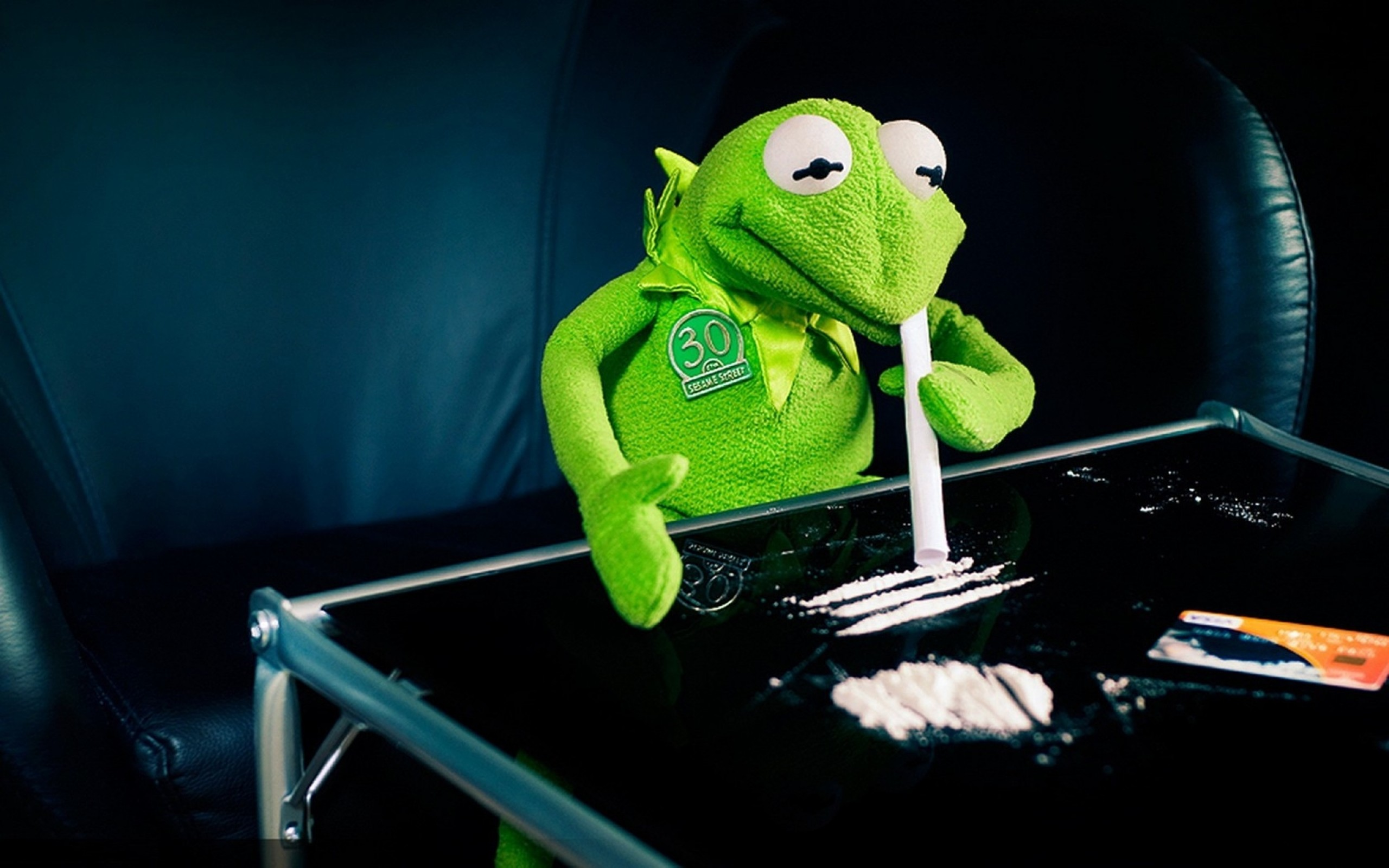 Kermit the frog cocaine 1680 wallpaper