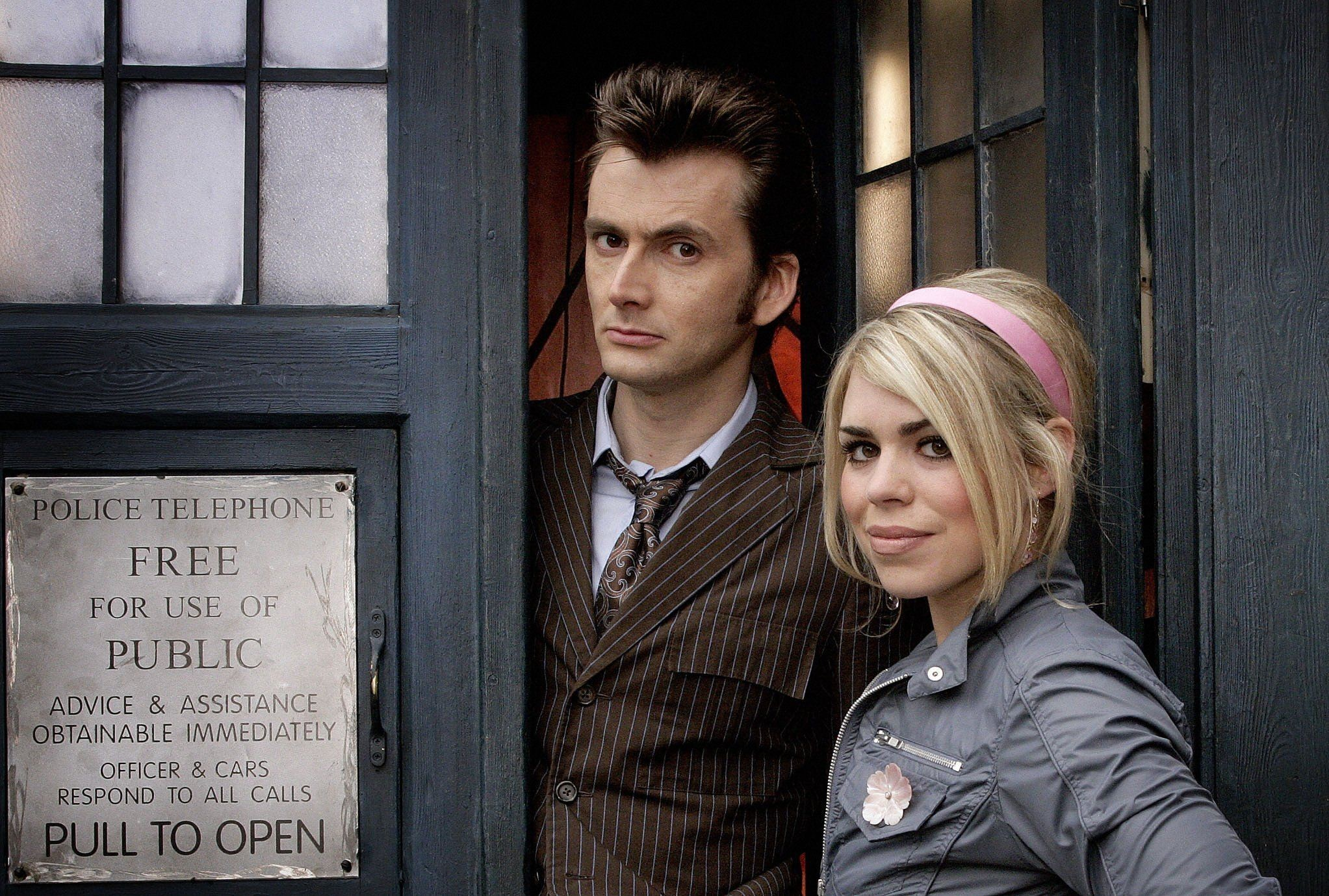 david tennant doctor who billie piper tenth doctor tardis rose tyler  Wallpapers HD / Desktop and Mobile Backgrounds