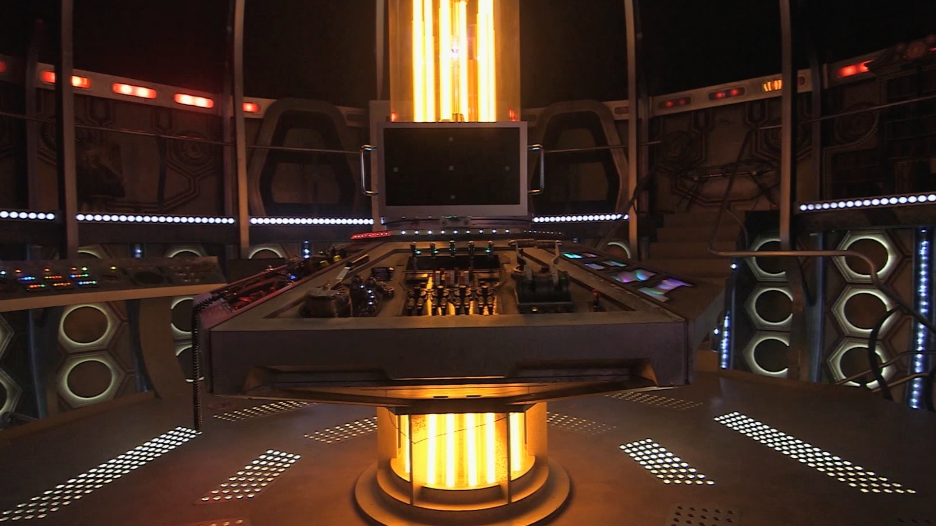 The 12th Doctor's TARDIS – Doctor Who: Series 9 (2015) – BBC One