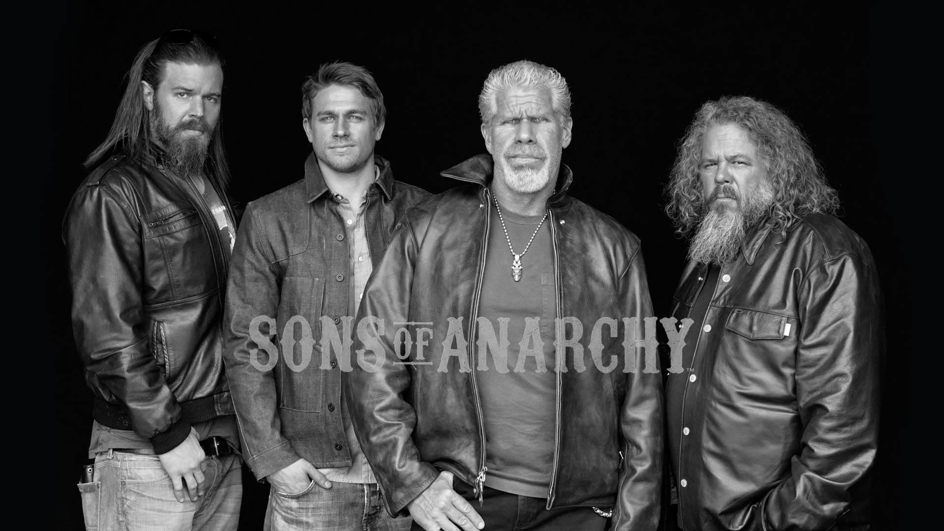 Sons of Anarchy Ryan Hurst, Charlie Hunnam, Ron Perlman Mark Boone Junior