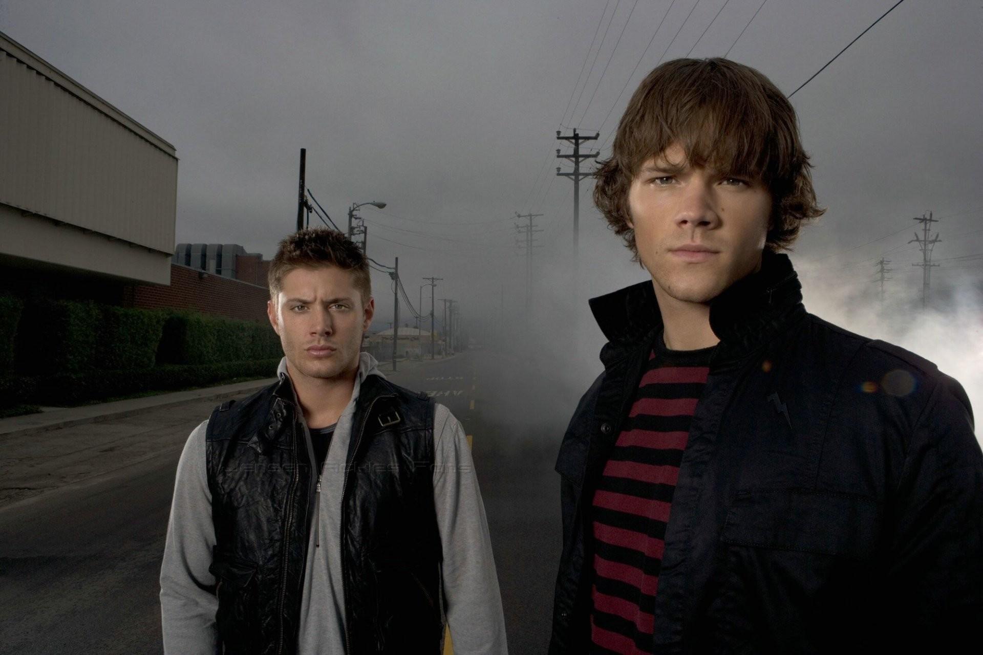 supernatural supernatural jensen ackles dean jensen ackles actor dean  winchester dean winchester winchester brothers jared padalecki