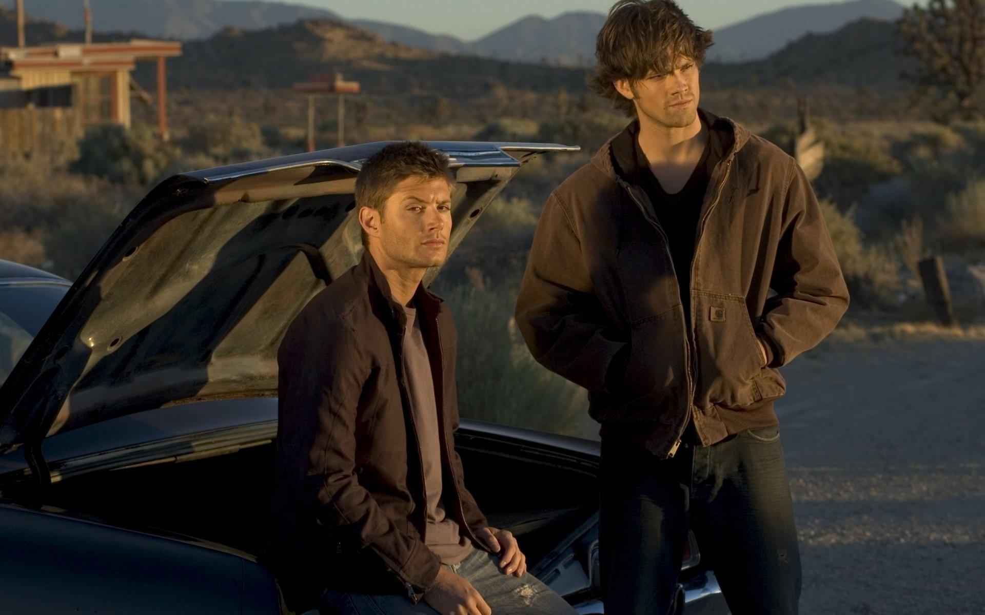 supernatural dean sam chevrolet impala dean sam hard drive man supernatural