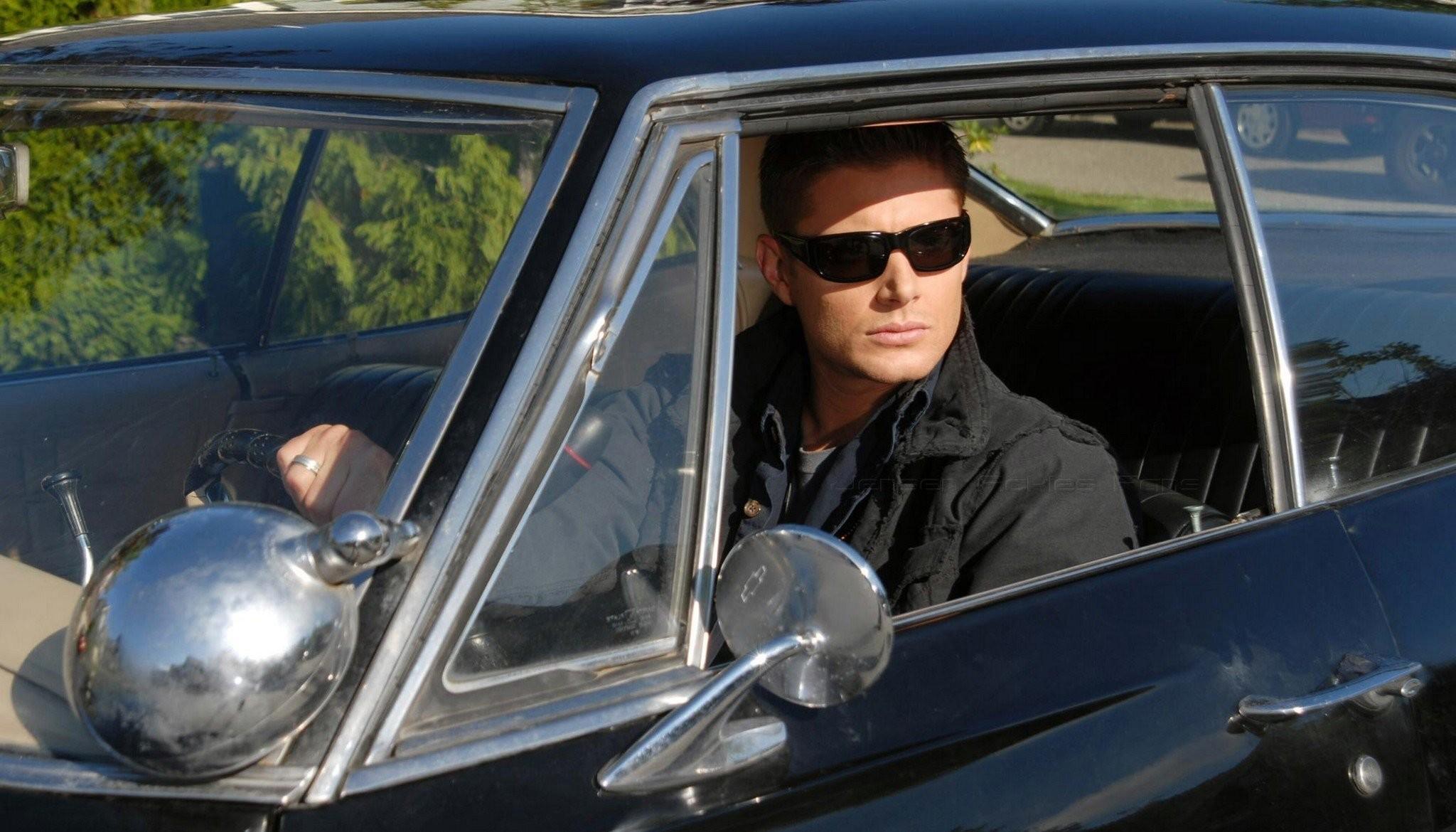 supernatural dean winchester jensen ackles impala sunglasses smile