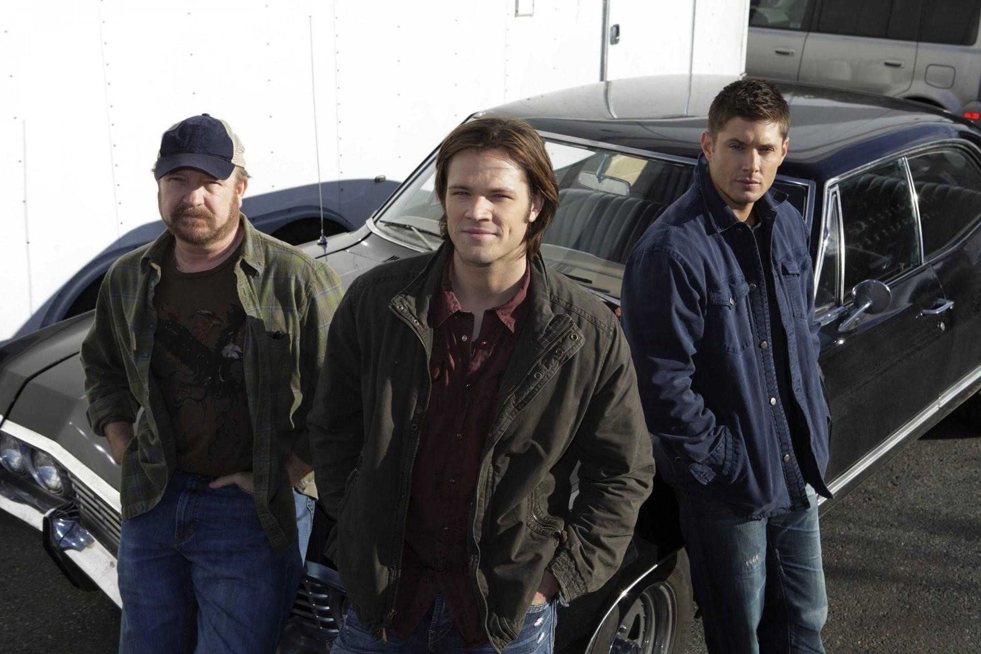 supernatural supernatural jared padalecki jensen ackles jared padalecki  jensen ackles actor tv series brothers sam winchester